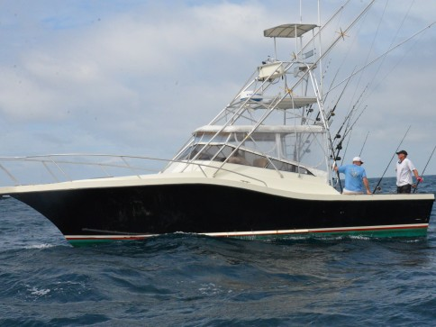 Our Fernandina Beach Offshore Fishing Charter Boat, the Pipe Dream III
